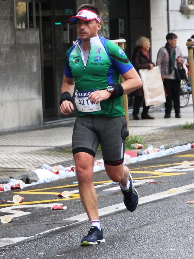 Experiencias Runnea Academy: Adrián Zulaika, carreras de  asfalto - foto 2